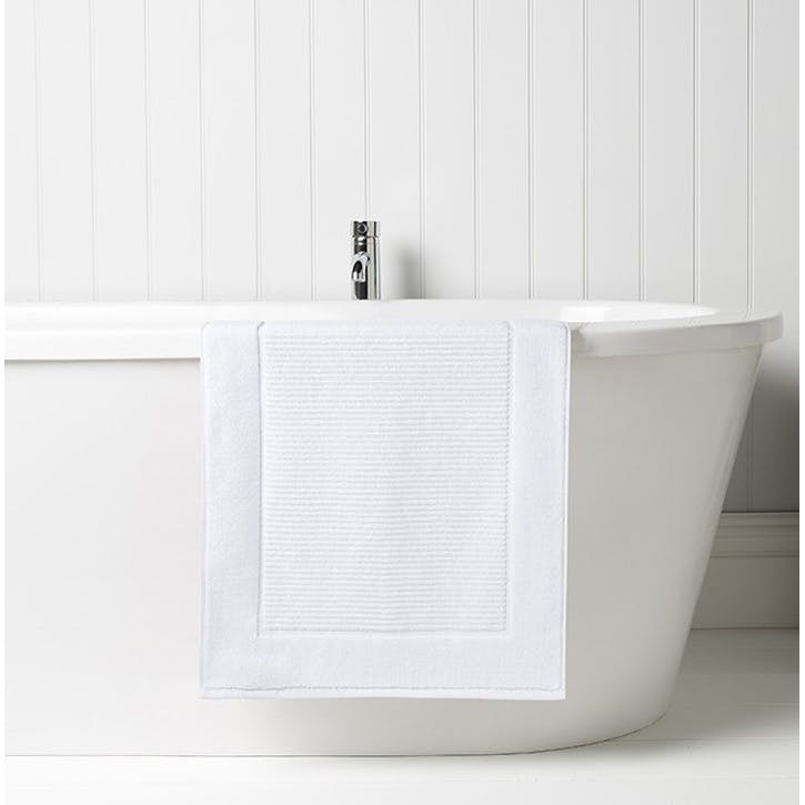 Supreme Supima Hygro White Bath Mat
