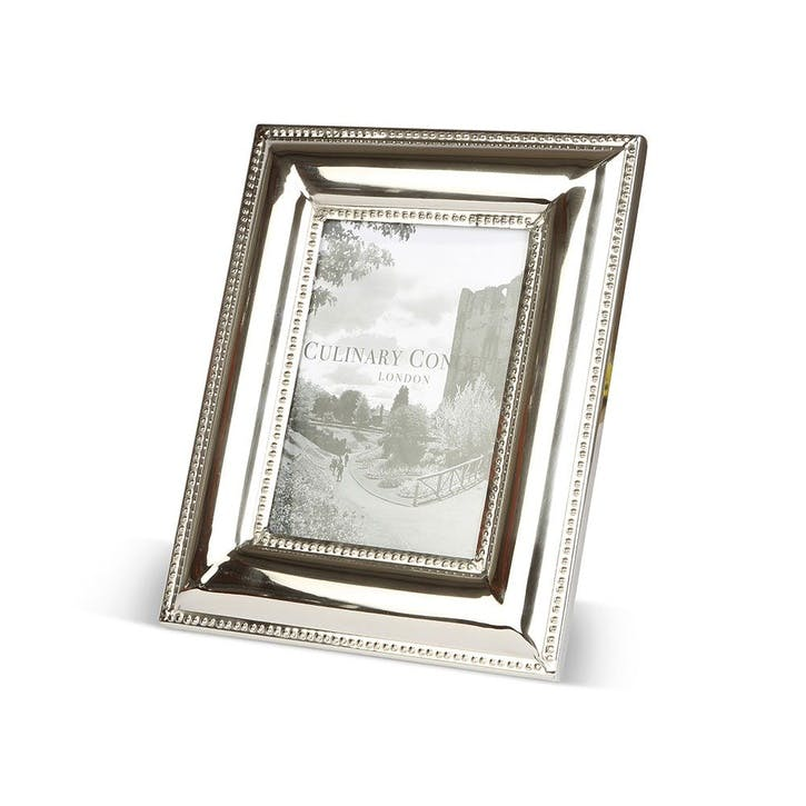 Beaded Edge Photo Frame - Medium
