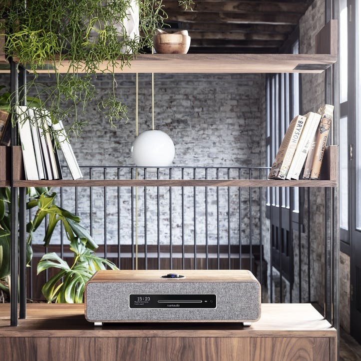 R5 High Fidelity Music System, Rich Walnut