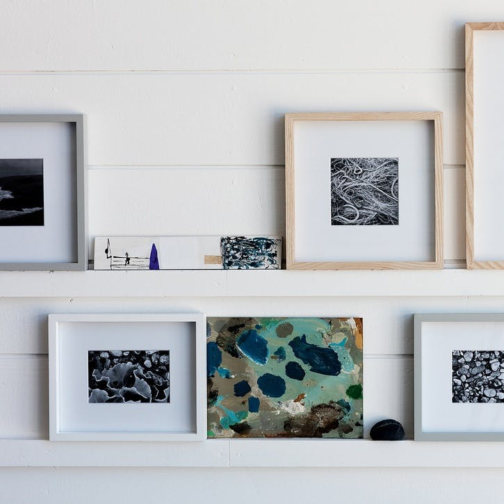 "Fine Wood Frame 5x7"" White"