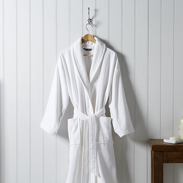 Supreme White Robe, Medium