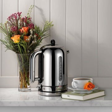 Classic Kettle; Polished