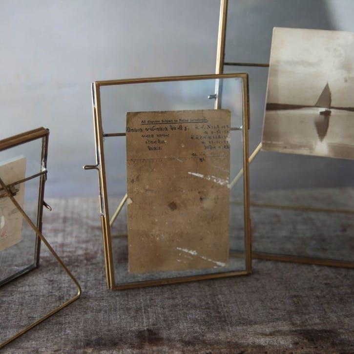 Danta Antique Frame - 5 x 7; Brass