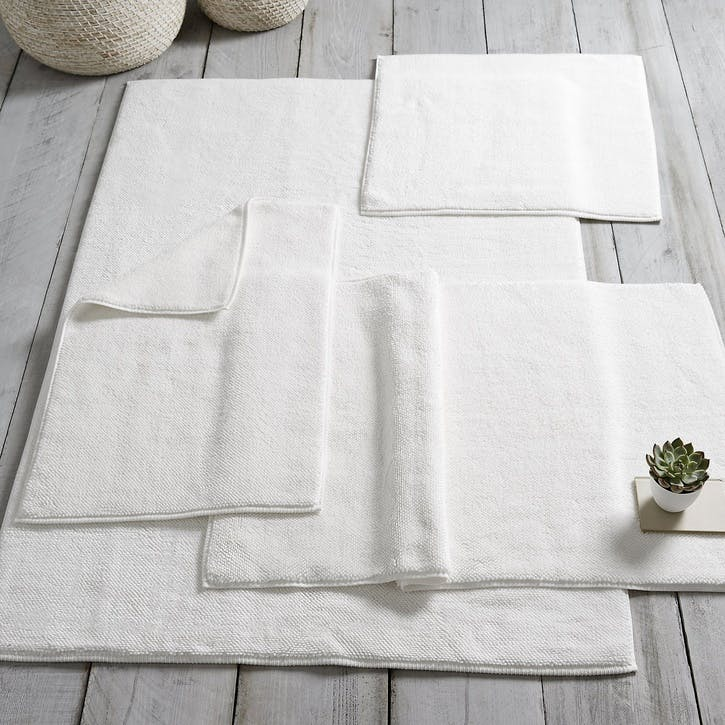 Ile De Re Bath Mat, Medium, White