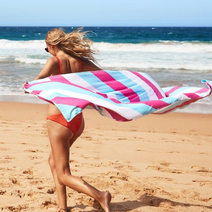 Sway Beach Towel, Arctic Crush, Extra Large