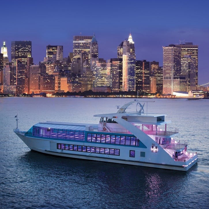 Manhattan Dinner Cruise in NYC