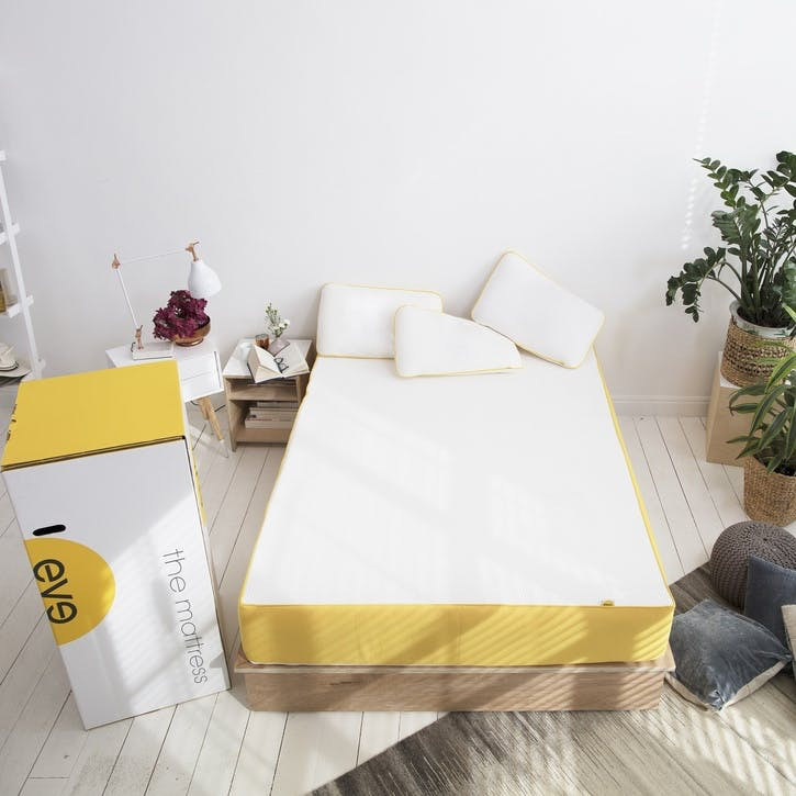 UK - Small Double Mattress