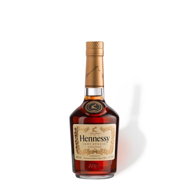 Hennessy V.S - Half Bottle