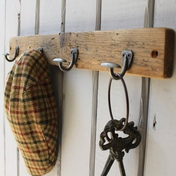 Reclaimed Wood Mini Bowler Hat And Coat Hook - 55 x 6.5cm; Natural
