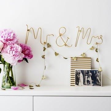 Mr & Mrs Wire Word, Gold