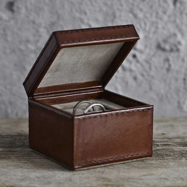 Leather Wedding Ring Box