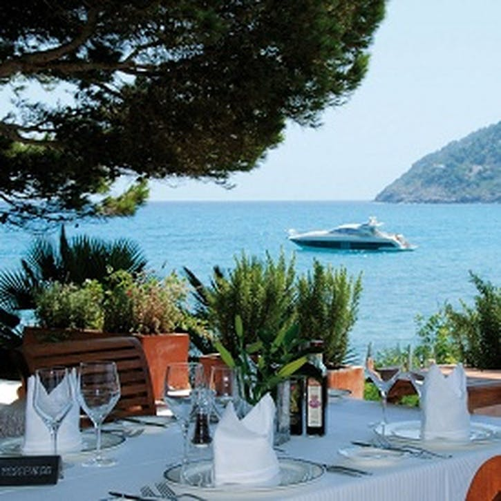 Honeymoon Luxury Lunch £50