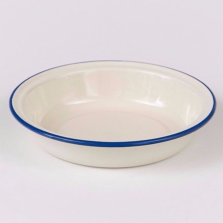 Round Pie Dish with Blue Rim