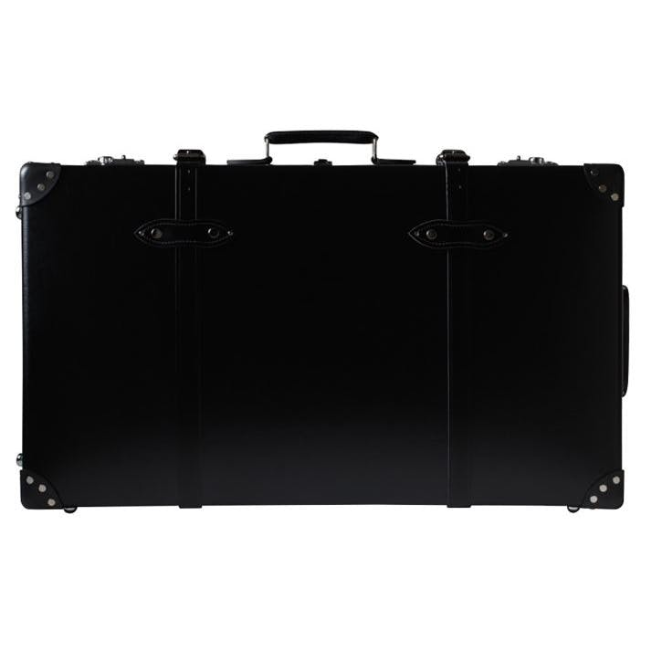 33 Inch Extra Wide Suitcase; Black