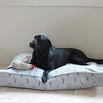 'Highland Stag' Pet Mattress, Large