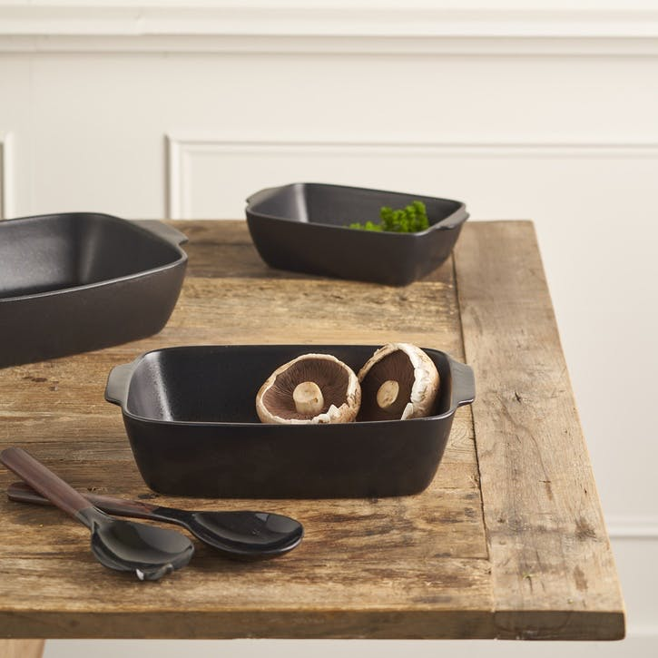 Matte Black Stoneware Oven Dish, Medium