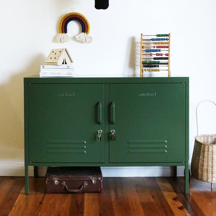 The Lowdown Locker, Olive