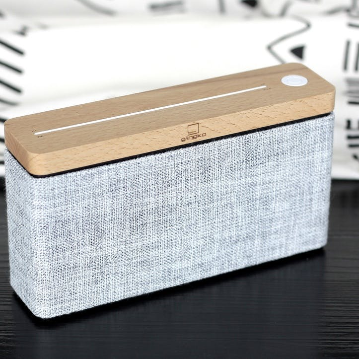 HiFi Square Speaker, Maple