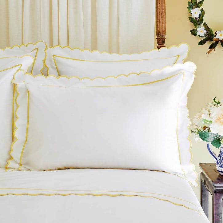 Yellow Scalloped Oxford Pillowcase