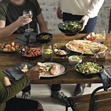 Halo Medium Oval Serving Dish, 23.5cm