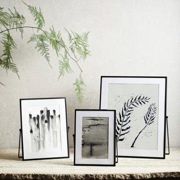"Fine Black Easel Frame, 4 x 6"""