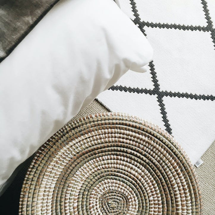 Round Laundry Basket, Medium, Natural/ Grey Stripes