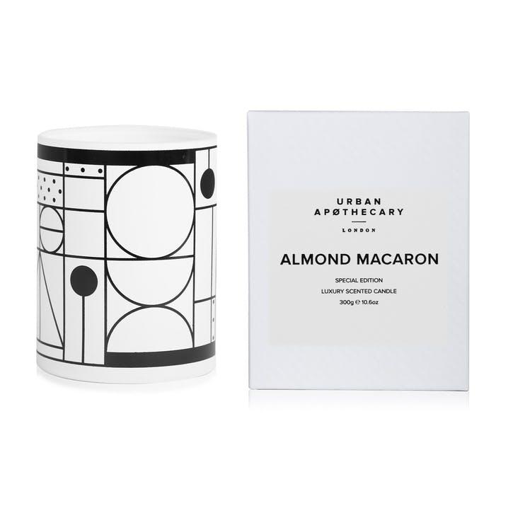 Almond Macaron Luxury Candle, 300g