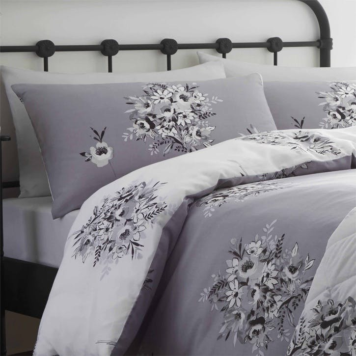 Floral Bouquet Double Bedding Set