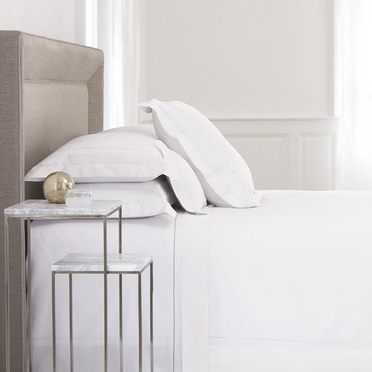 Lutece Blanc Duvet Cover, Super King