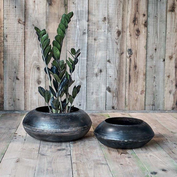 Endo Reclaimed Iron Round Planter - Large