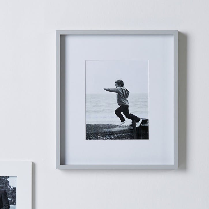 """Fine Wood Frame 8x10"""" Grey"""