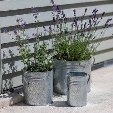 Galvanised Set of 3 Planters