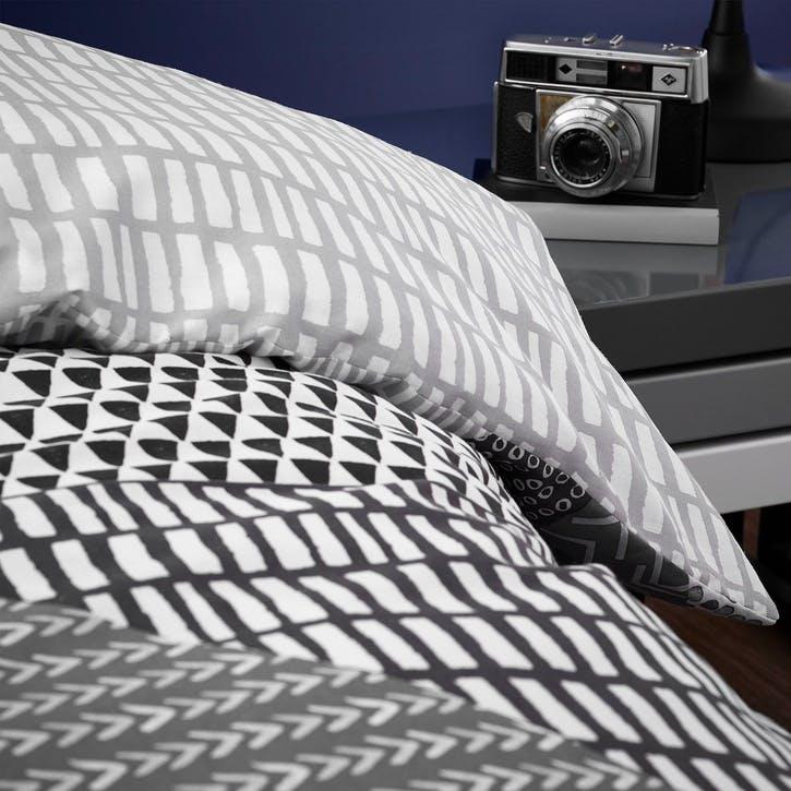 Larsson Geo Double Bedding Set