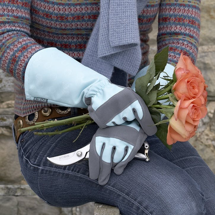 Gloves for Scratch Protection