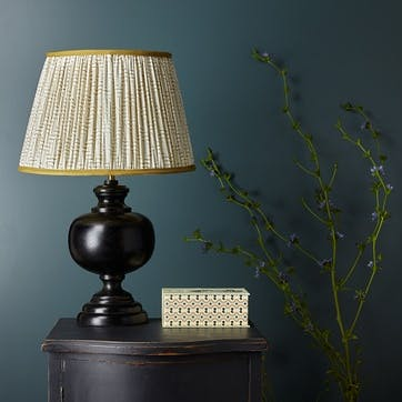 Venus Table Lamp With Silvery Black Finish