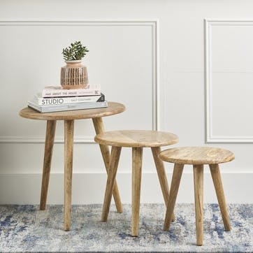 Nordic Set of 3 Nesting Tables