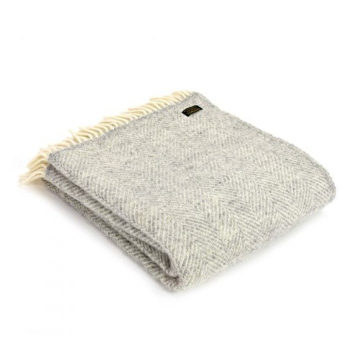 Fishbone Throw; Silver Grey