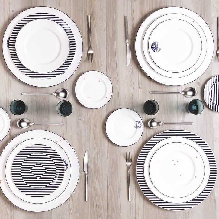 Details from Willow Dinner Plate, Cobalt