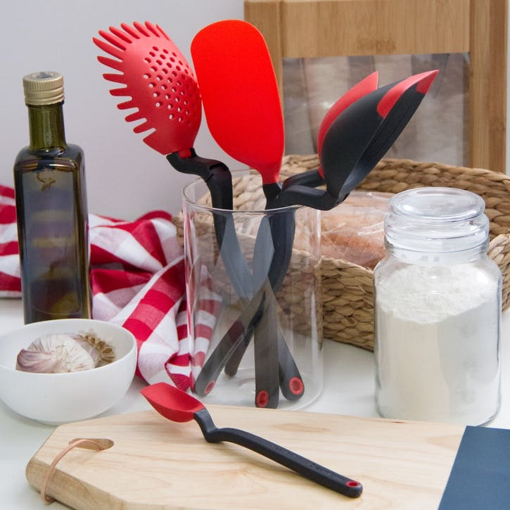 Set of the Best Kitchen Tools, Red