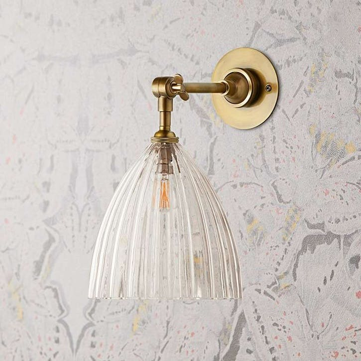 Mumford Wall Light with Scallop Shade