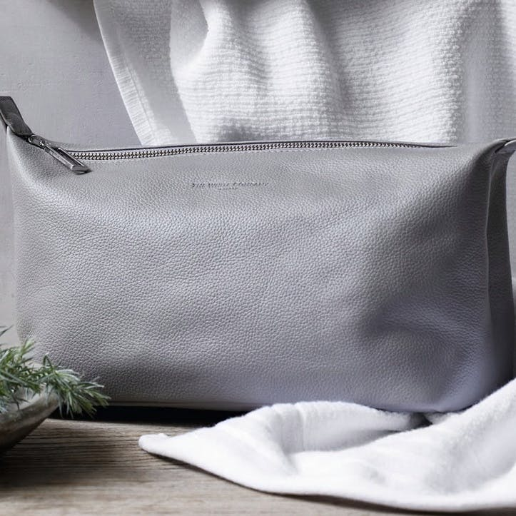 Pebblegrain Leather Wash Bag, Grey