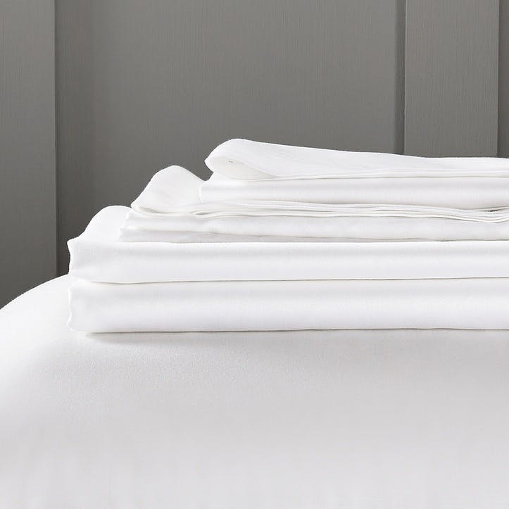 Camborne Fitted Sheet, Double, White