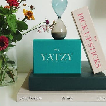 Yatzy, Classic Board Game