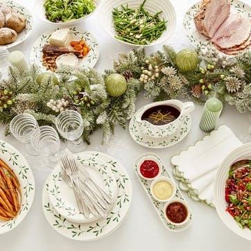 Mistletoe Dinner Plates, Set of 4
