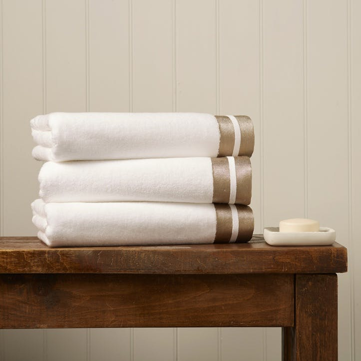 Mode Hand Towel, Gold