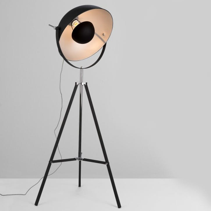 Chicago Floor Lamp; Black/ Silver