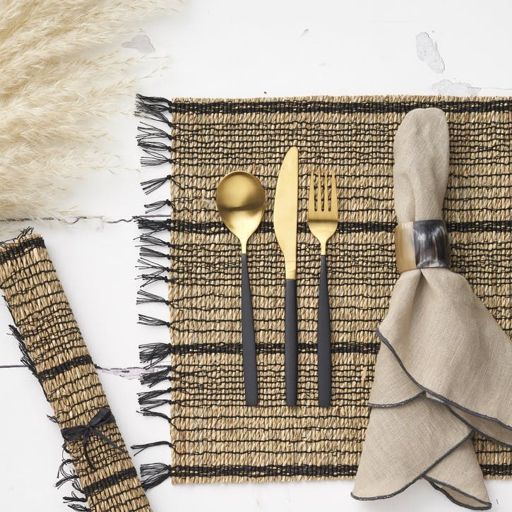 Seagrass Placemat; Black/Natural