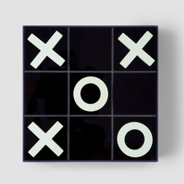 Tic Tac Toe, Classic Board Game