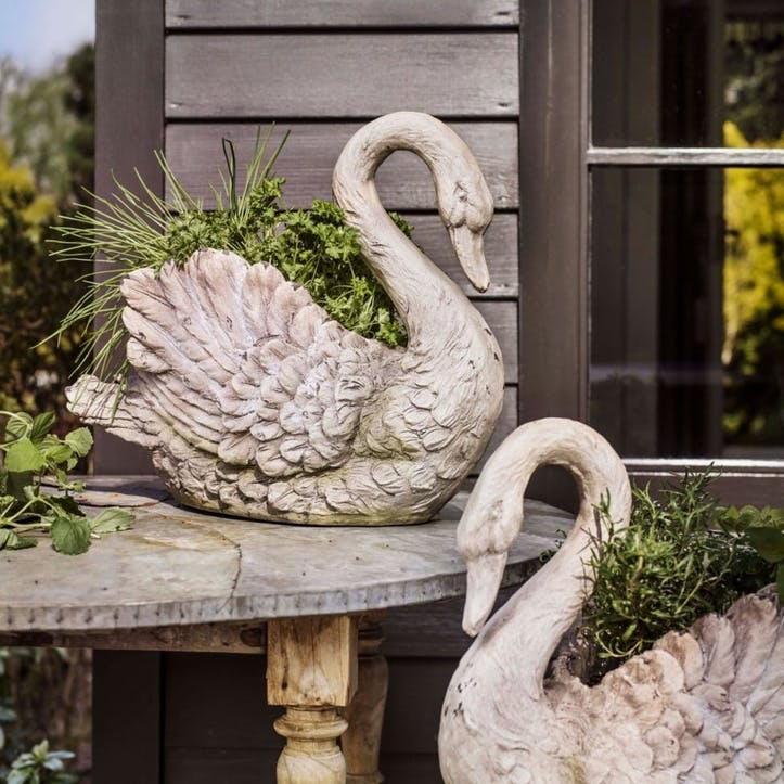 Serenity Swan Planter