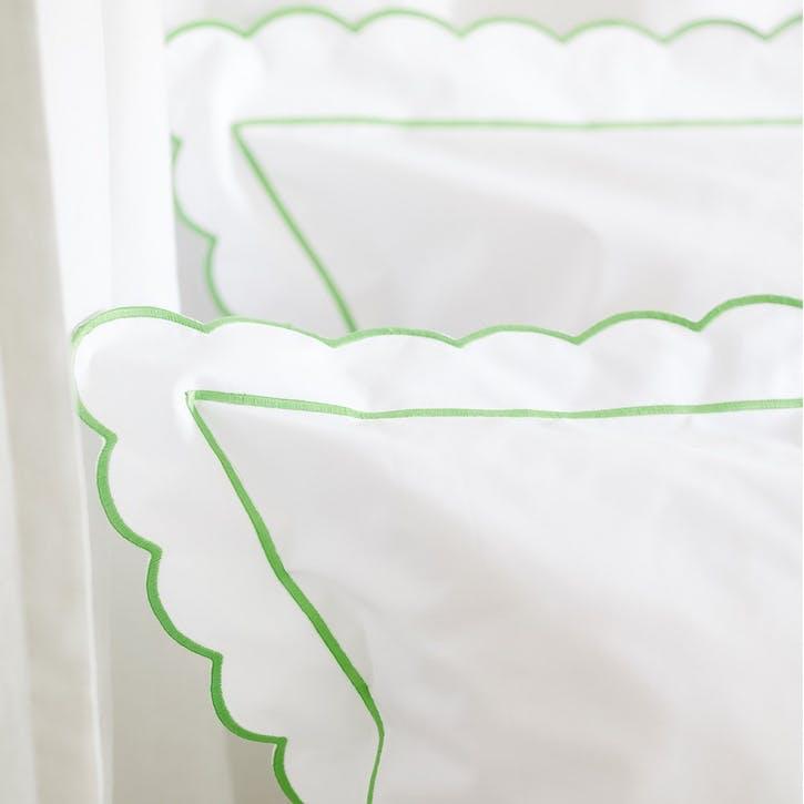 Green Scalloped Square Pillowcase
